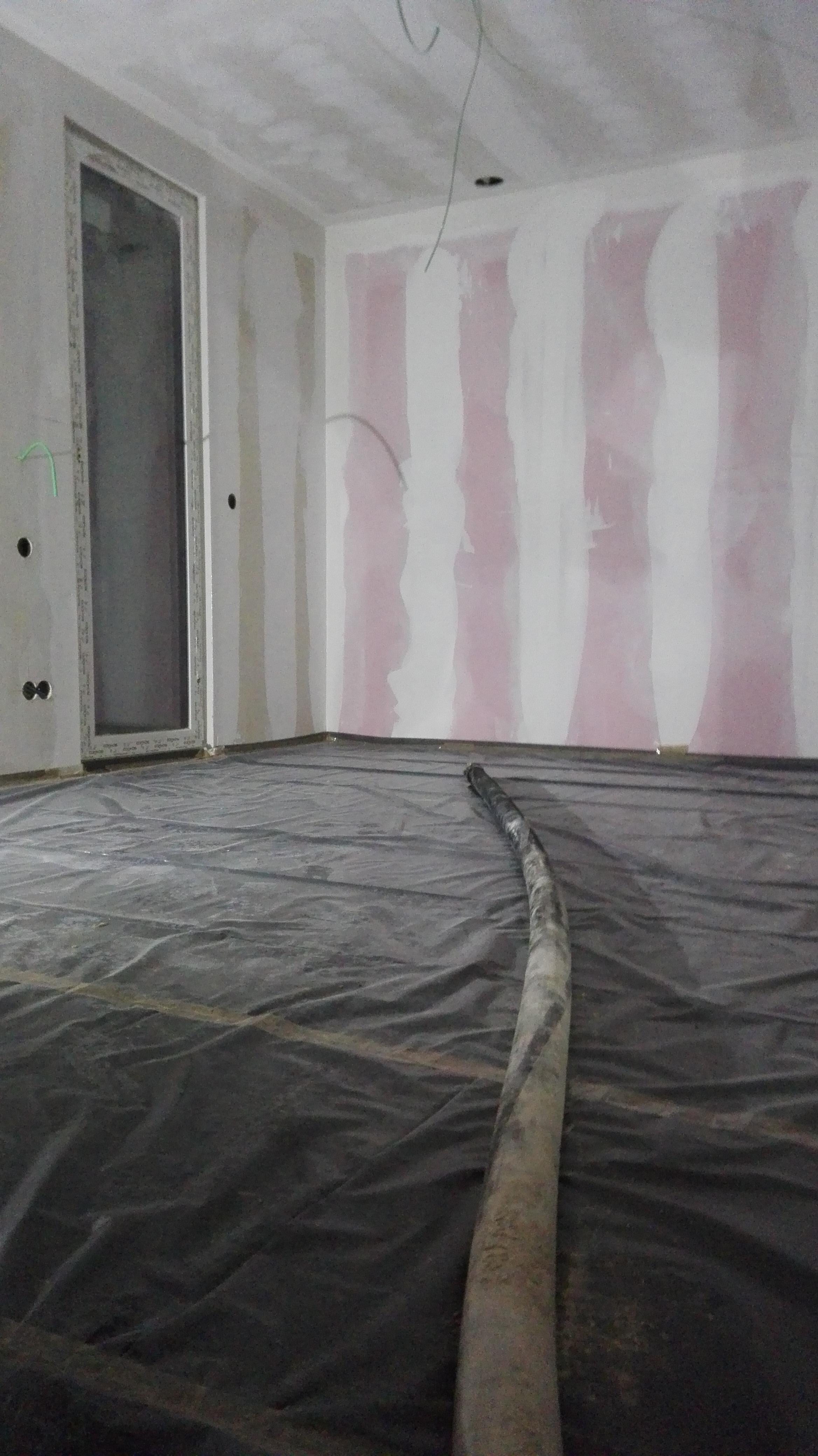 chape liquide. Black Bedroom Furniture Sets. Home Design Ideas
